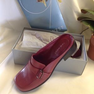 Nine West Red Leather Slides